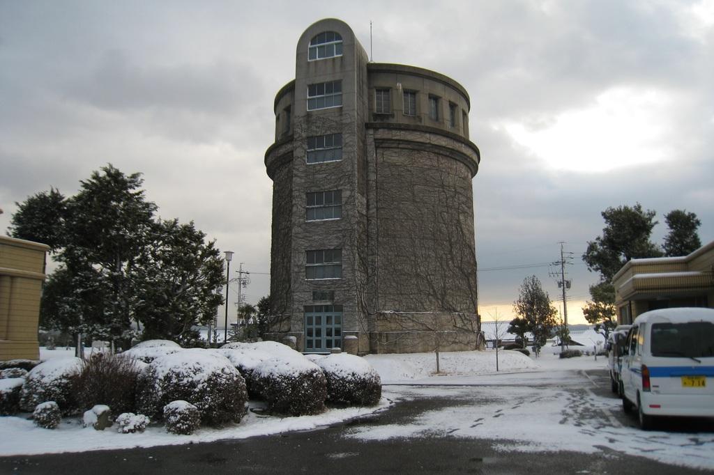 六供配水場の冬景色